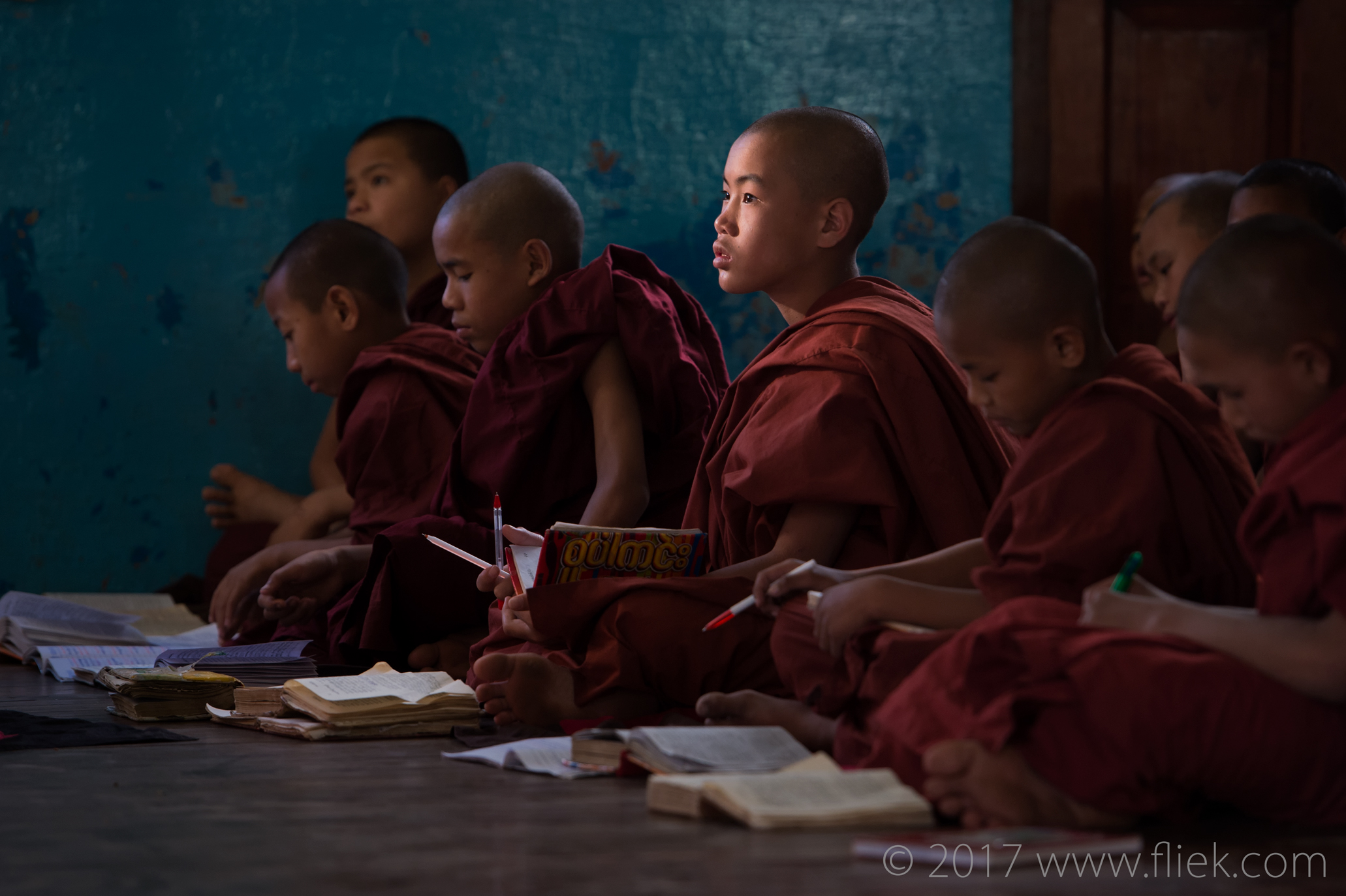 Magical mysterious Myanmar... NyaungSchwe monastery monks attending lecture