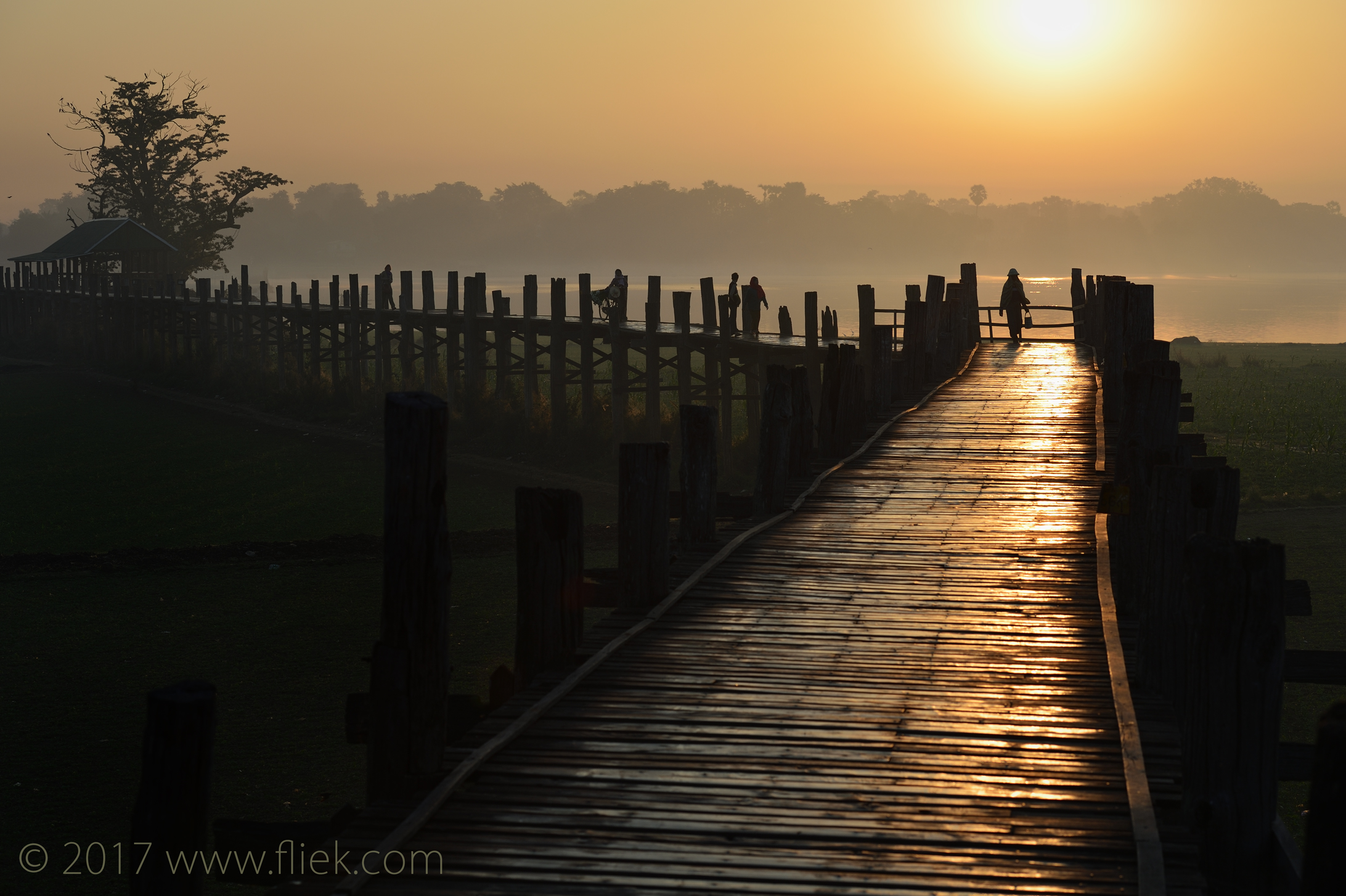 Magical mysterious Myanmar...<br><i> Mandalay U-bein bridge sunrise