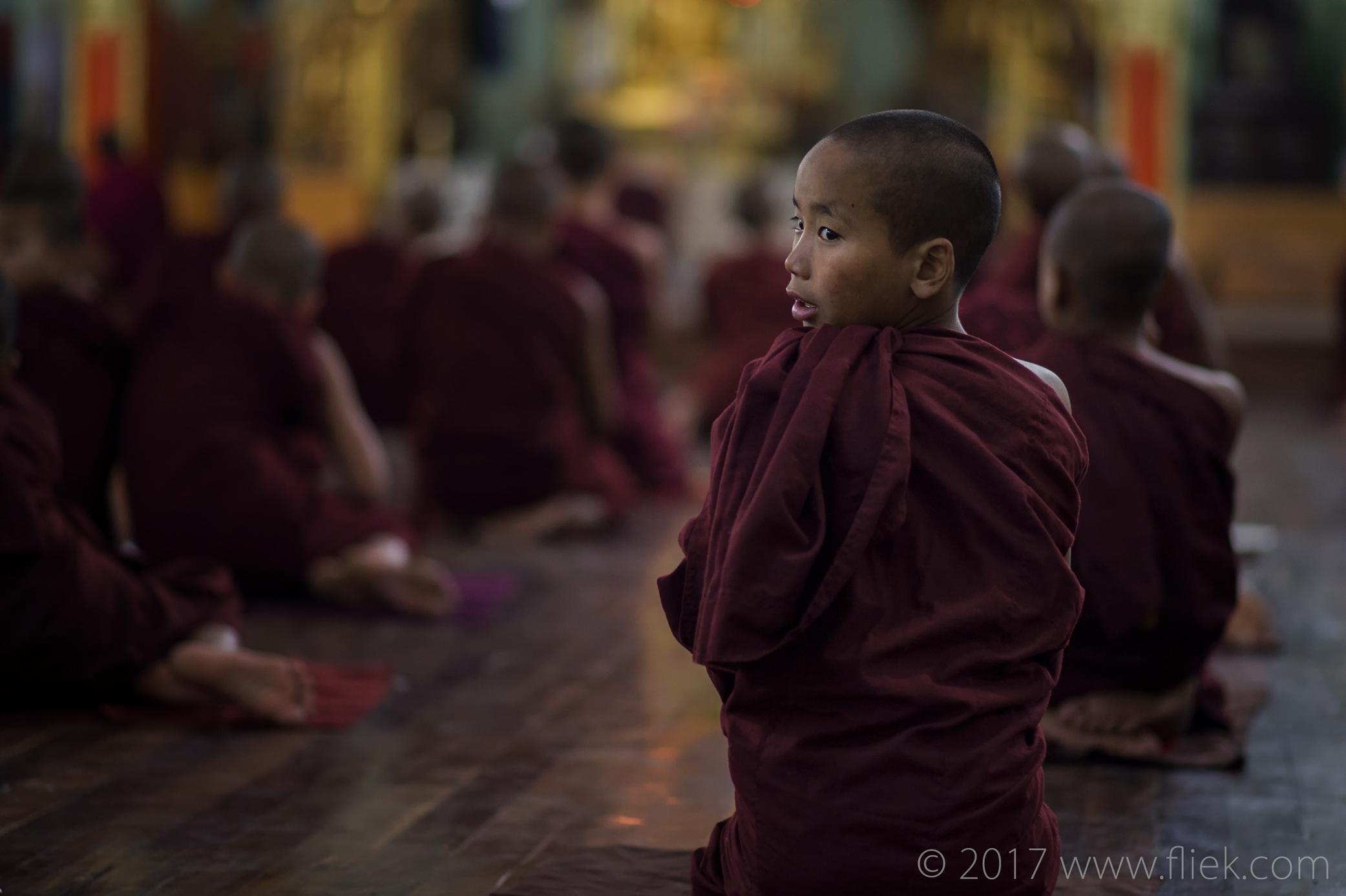 Magical mysterious Myanmar... NyaungSchwe monastery monksattending evening prayer (2)
