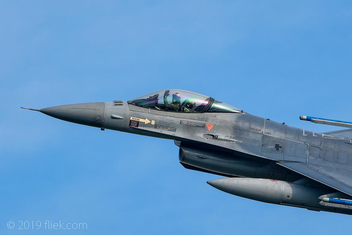 Nikon D850 vs  D500 vs  600mm f/4E vs  (NATO) fighter jets: takeoff